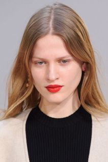 hbz-fw2015-trends-beauty-90s-red-lip-celine-clpa-rf15-6352_1