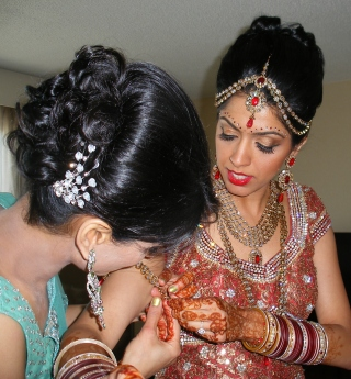 Bride's Makeup by Wendy Kimmel visagejoli.net Bride's Hair by Jennifer Benigno Ujiiye